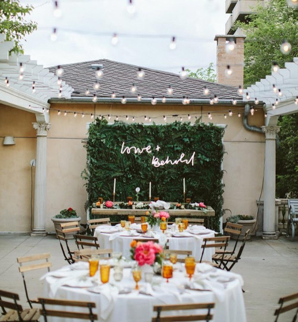 Wedding Signage Ideas: Neon Wedding Signs To Lit Up Your Wedding