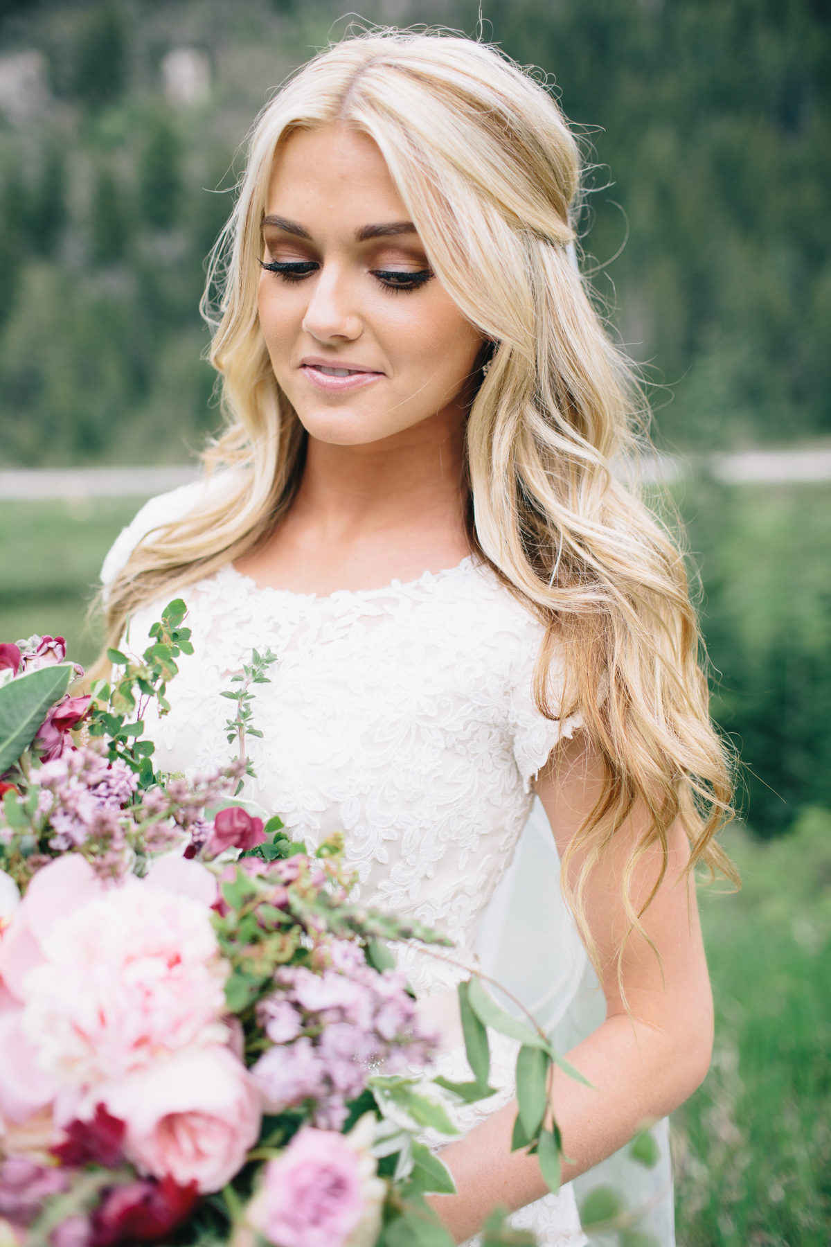 Half Up Half Down Bridal Hair Ideas To Copy Now My Sweet Engagement